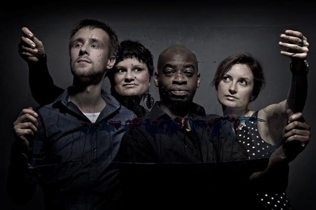 Dagadana zagra w składzie z perkusistą Frankiem Parkerem