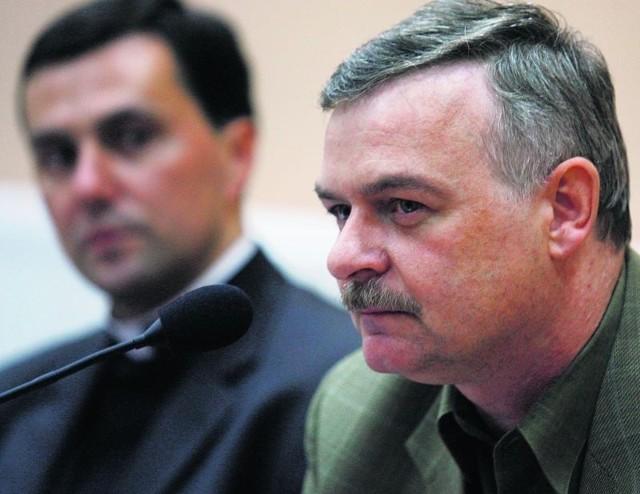 Założyciele komitetu: ks. Bogusław Wolański i Bogdan Orłowski