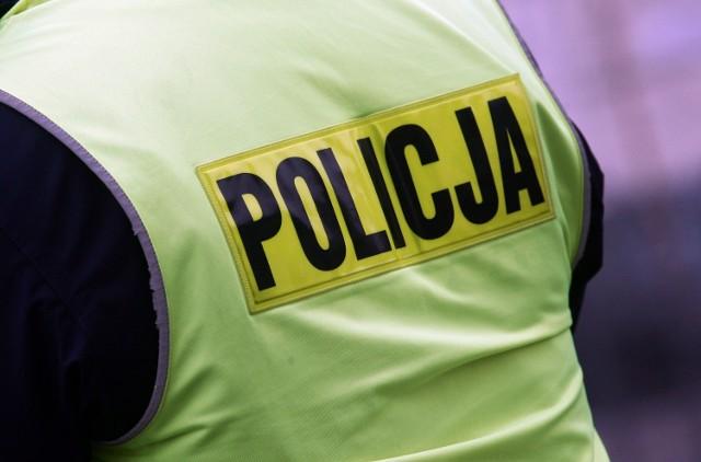 Na skrzyżowaniu al. Kraśnickiej i Bohaterów Monte Cassino ruchem kierują policjanci