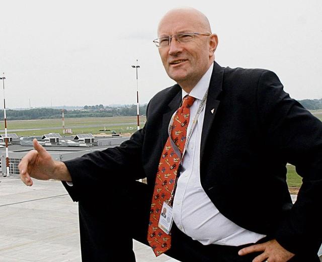Wojciech Łaszkiewicz, były szef doradców prezydenta Jerzego Kropiwnickiego, potem wiceprezes łódzkiego portu lotniczego. Pracuje w Związku Regionalnych Portów Lotniczych