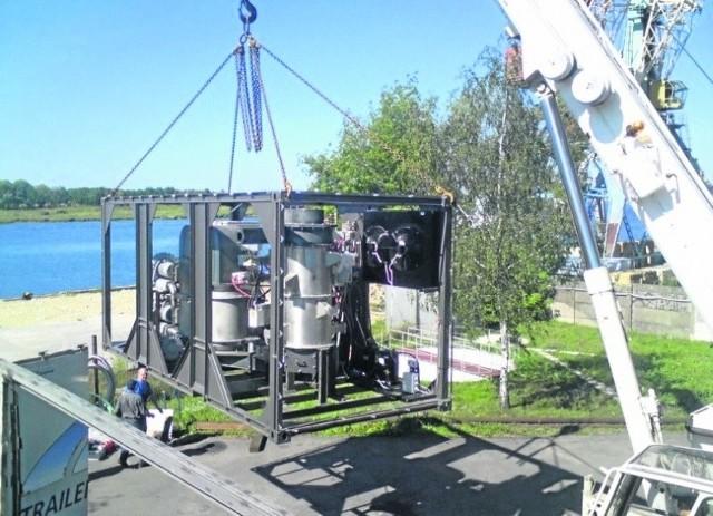 To urządzenie firma wysłała na testy do USA. Być może będzie usuwać skutki wycieku ropy w Zatoce Meksykańskiej