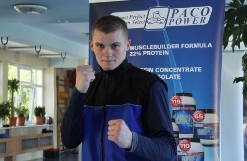 Mateusz Gątnicki (Paco Team Lublin) posłał rywala na deski już w pierwszej rundzie