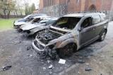 Poznań: Na ulicy Matejki spłonęły trzy samochody [ZDJĘCIA]