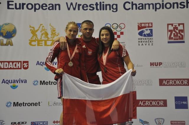 Karolina Krawczyk z Cementu Gryfa Chełm (z lewej) odniosła w Zagrzebiu swój największy sukces w karierze