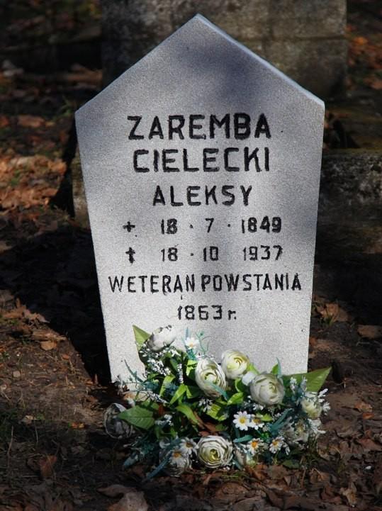 Nagrobek ppor. Aleksandra Cieleckiego.