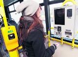 W autobusie i tramwaju doładujesz komórkę