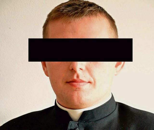 Ks. Marcin Ł. swą kapłańską posługę zaczynał w Konstantynowie niedaleko Serpelic. Wcześniej skończył technikum mechaniczne.