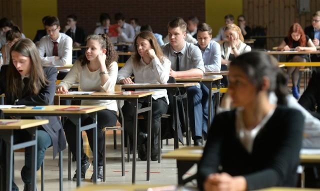 4 kwietnia rozpoczynaja się egzaminy maturalne