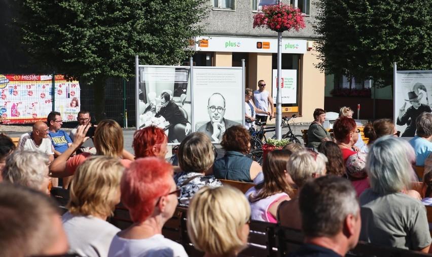Muzyczne urodziny ks. Jana Kaczkowskiego na Starym Rynku w Pucku. Zagrała Polska Filharmonia Kameralna Sopot