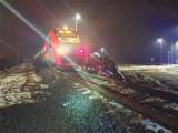 PILNE! Wypadek w Kępie! Samochód osoby wjechał pod pociąg! [ZDJĘCIA]