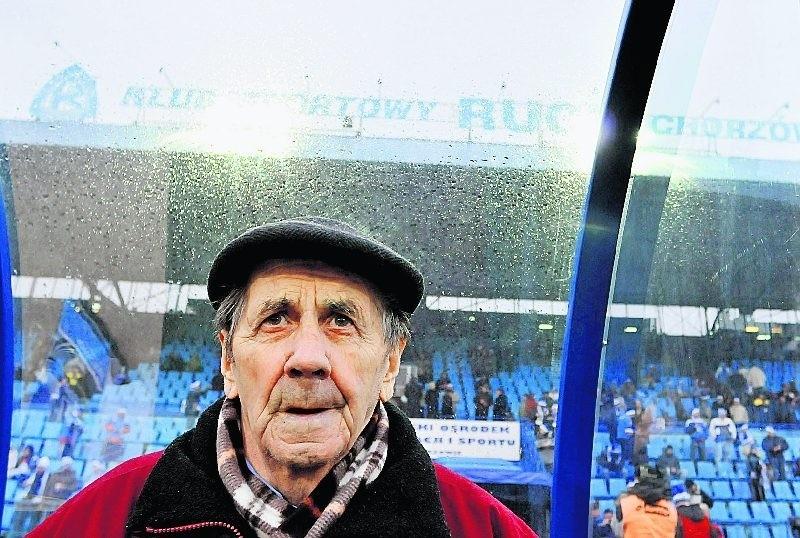 Wybitny piłkarz Gerard Cieślik dołożył także cegiełkę do...