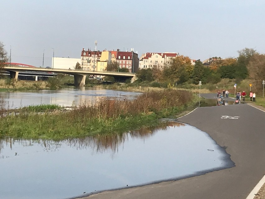 Wartostrada w Poznaniu zalana. Uważajcie! [ZDJĘCIA, WIDEO]