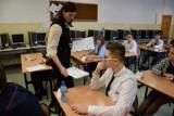 Egzamin w nowodworskim Gimnazjum Sportowym