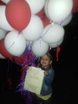 Balony przedszkolaków z Ostrowa Wielkopolskiego trafiły do Widzowa koło Radomska! Zuzia dziękuje za prezent od ostrowskich maluchów