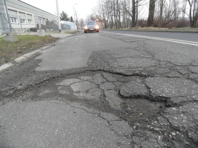 """Najbardziej dziurawe ulice w Bytomiu. Mieszkańcy wskazali swoich """"faworytów"""". Sprawdź >>>"""