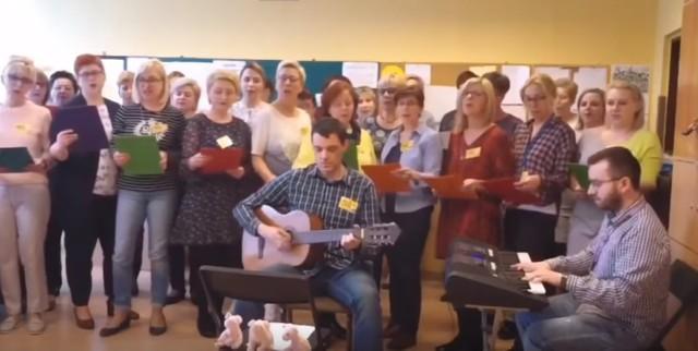 Protest song nauczycieli z Gliwic podbija internet