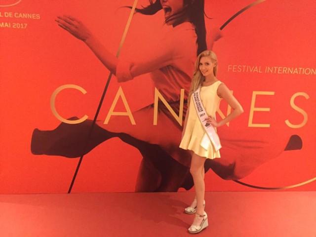 Martyna Bąkowska z Kalisza na czerwonym dywanie w Cannes