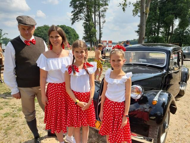 Państwo Kosiłowicz ze Szczecinka z Citroenem BL 11