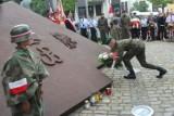 Oddajmy hołd powstańcom warszawskim