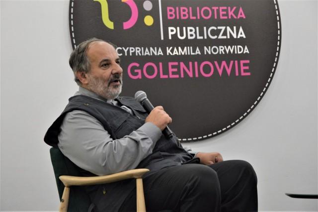 Ks. Tadeusz Isakowicz - Zaleski w Bibliotece Miejskiej w Goleniowie