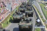 Rok od defilady Wojska Polskiego w Katowicach - ogromna frekwencja... i krytyka. Te momenty utkwiły nam w pamięci
