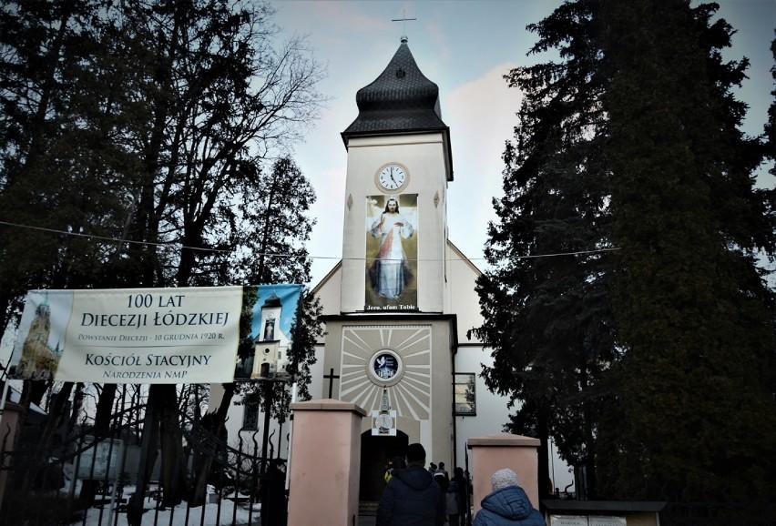 Droga Krzyżowa w parafii Narodzenia NMP przy ul. Kościuszki...
