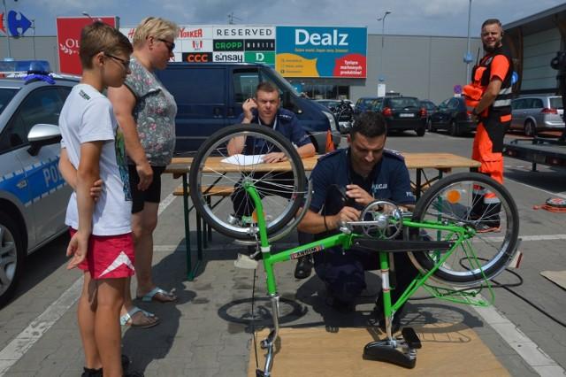 Motopiknik odbywa się przed Galerią Olimpia w Bełchatowie