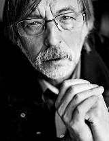 Rozmowa z prof. Zbigniewem Mikołejką, etykiem, filozofem i religioznawcą: Polacy wspólnotą od święta