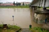 Wysoki poziom wody na Sanie. Monitoring powodziowy: gdzie wylał San. Jak sprawdzić, gdzie jest powódź