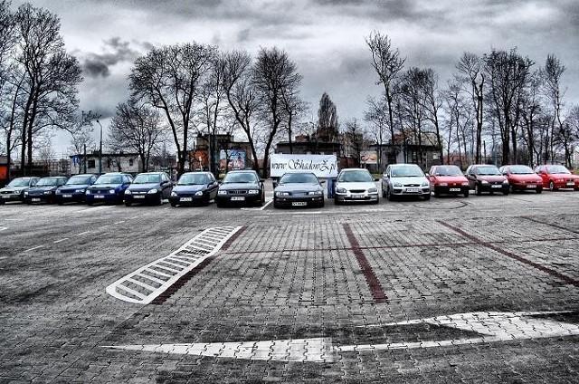Członkowie klubu spotykają się najczęściej na dużych parkingach