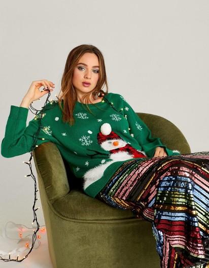 Sweter świąteczny dla niej i dla niego. Pomysł na prezent w klimacie świąt. Swetry świąteczne w nowych kolekcjach sieciówek. CENY