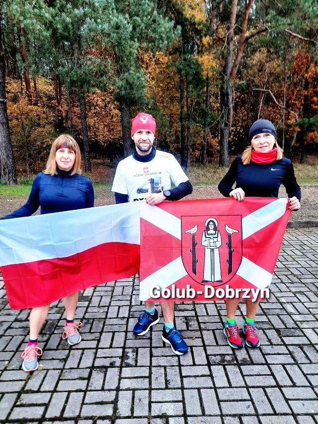 Biegacze grupy Endo Golub-Dobrzyń w formie biegu uczcili 11 listopada