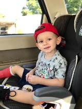 Oluś to zuch chłopak, dochodzi do siebie po operacjach w USA. Z jego nóżką jest coraz lepiej [ZDJĘCIA]
