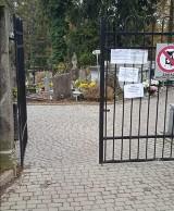 Bramy cmentarzy w Przemyślu nie zostały zamknięte. Prezydent Wojciech Bakun: Nikt mandatu nie dostanie