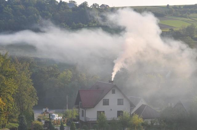 """Program """"Czyste Powietrze"""" ma na celu m.in. ograniczenie problemu smogu."""