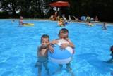 Otwarcie basenu w parku Pszczelnik. Byliście już popływać? ZDJĘCIA