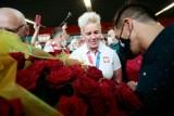 Anita Włodarczyk po powrocie z igrzysk przywitana po królewsku. Zagrała dla niej orkiestra z Rawicza [FILM]