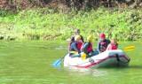 Turyści na pontonach szkodzą Dunajcowi
