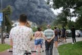 Pożar w Sosnowcu. Kłęby dymu widziane w wielu miastach woj. śląskiego [ZDJĘCIA]. To płonęły chemikalia