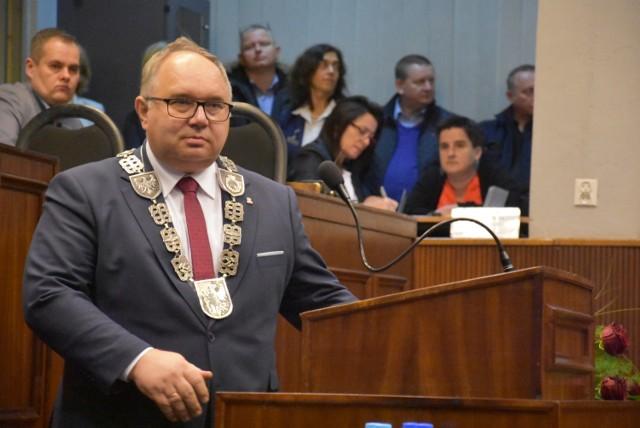 Mariusz Janas został wybrany ponownie przewodniczącym Rady Miasta. Wiceprzewodniczącymi Rady Miejskiej zostali: Jacek Brzezinka, Krzysztof Gajowiak oraz Grzegorz Nowak