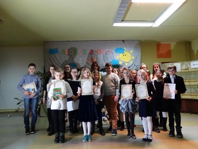 Dzieci Ze Szkół W Jastrzębiu Pięknie Recytowały Wiersze