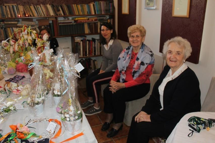 Świąteczne inspiracje - Wystawa rękodzieła w kawiarni Hildegarda w Zbąszyniu