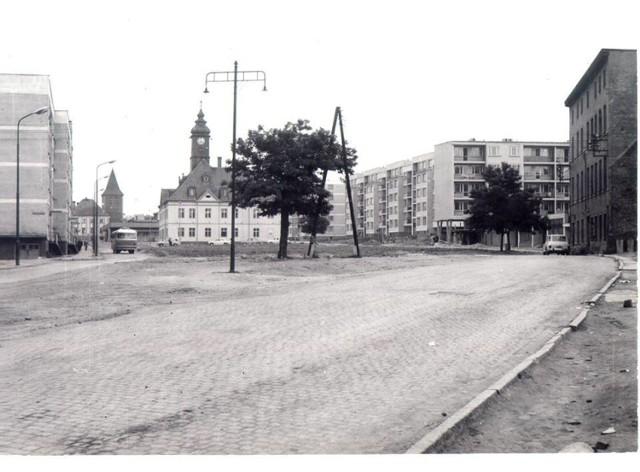 Tak wyglądał lubiński rynek przed laty! Stare fotografie serca miasta