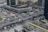Warszawa idealnym miejscem do życia? Mieszkańcy wysoko oceniają komunikację miejską, działania prezydenta i poziom edukacji w szkołach