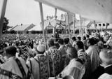 Stary Sącz. Trwa odpust ku czci św. Kingi. Zobacz zdjęcia z uroczystości sprzed 40 lat [ARCHIWALNE ZDJĘCIA]