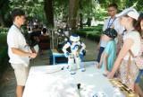 Piknik sąsiedzkich inspiracji w Starym Zoo: Od prezentacji robotów po wymianę projektów, czyli wszystko o nowoczesnych technologiach