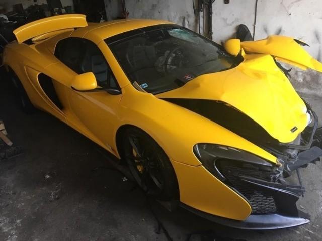 McLaren Spider, który brał udział w wypadku, był wart ok. 850 tys. zł.