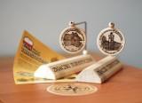 Znaczki turystyczne w Muzeum Regionalnym i Zagrodzie Tatarskiej w Radomsku