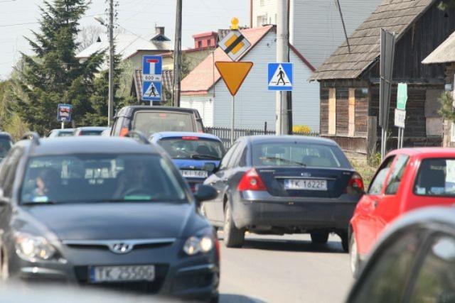 Znak ustąp pierwszeństwa przejazdu zaraz po majówce zniknie z ulici Batalionów Chłopskich przy skrzyżowaniu z ulicą Malików. I znikną też korki.