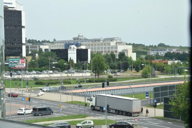 Nowe ulice pozwolą na łatwiejszy dojazd do terenów wokół biurowca dawnego Exbudu oraz do kampusu Uniwersytetu.